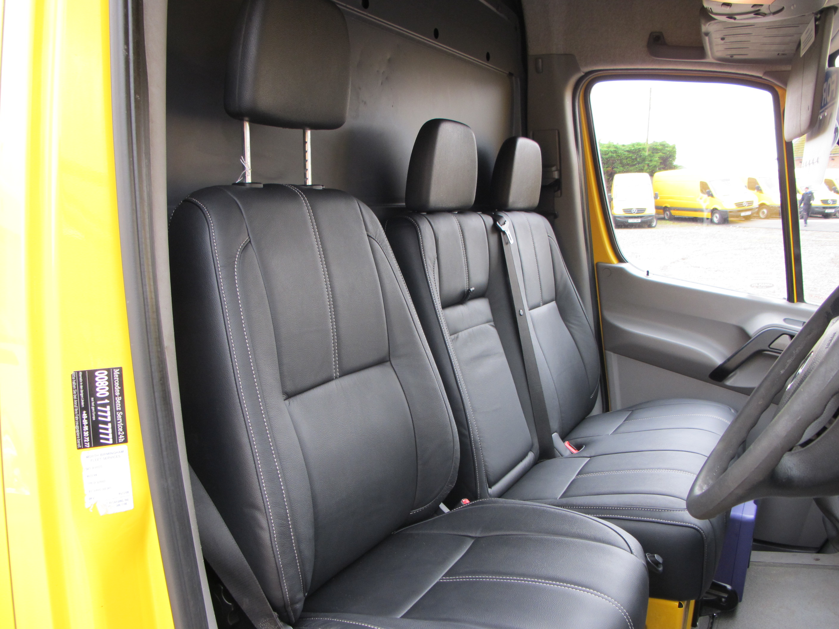 Mercedes sprinter seat covers velcromag for Mercedes benz sprinter seats