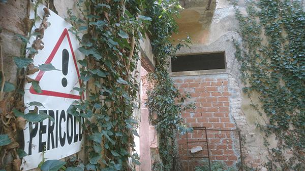 PERICOLO-crop