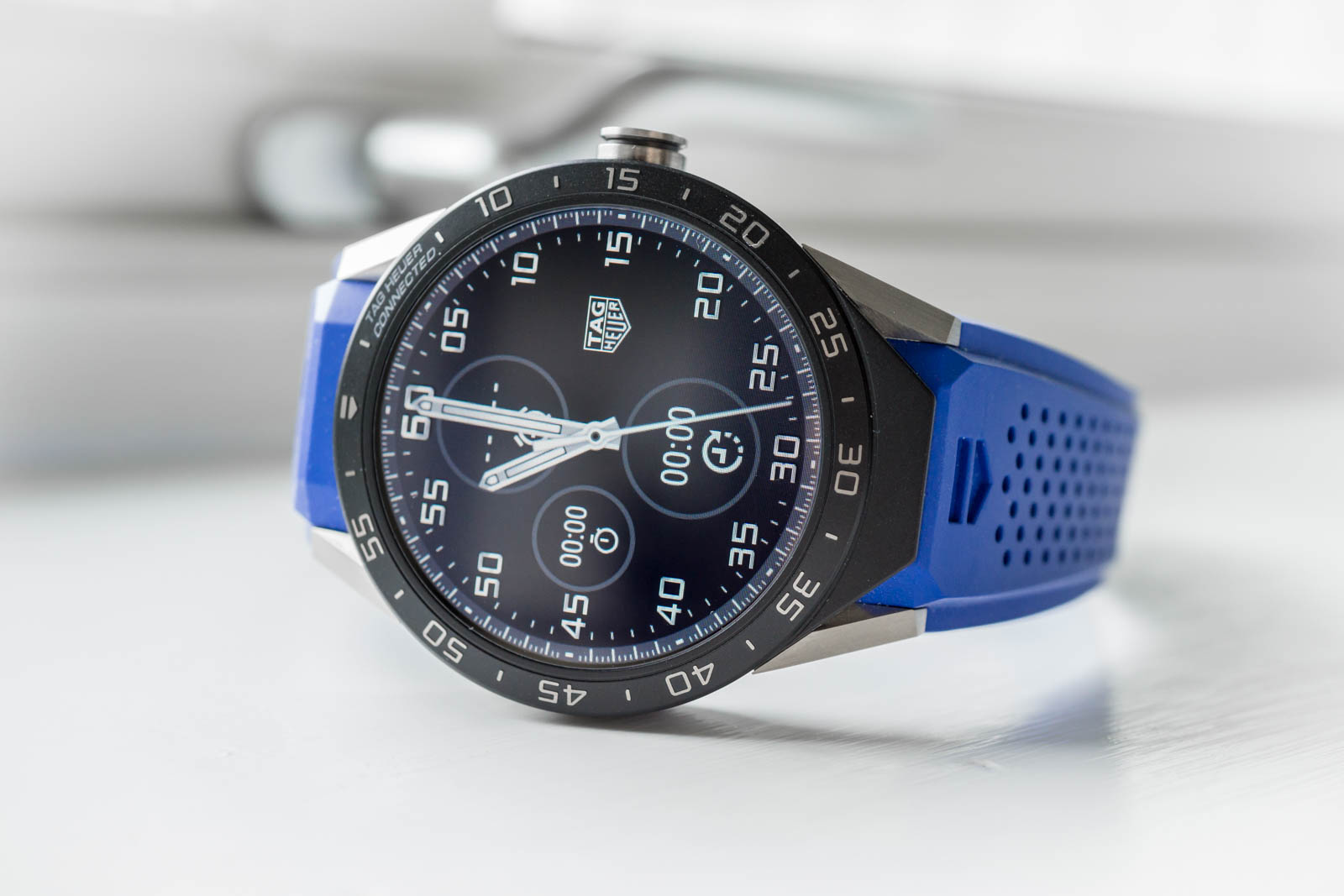 tag-heuer-connected-2794