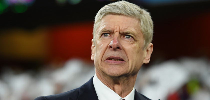 LONDON, ENGLAND - FEBRUARY 23:  Arsene Wenger the manager of Arsenal looks on during the UEFA Champions League round of 16, first leg match between Arsenal FC and FC Barcelona at the Emirates Stadium on February 23, 2016 in London, United Kingdom.  (Photo by Shaun Botterill/Getty Images)