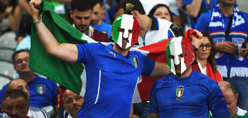 LILLE, FRANCE - JUNE 22:  Italy fans enjoy the atmosphere prior to the UEFA EURO 2016 Group E match between Italy and Republic of Ireland at Stade Pierre-Mauroy on June 22, 2016 in Lille, France.  (Photo by Claudio Villa/Getty Images)