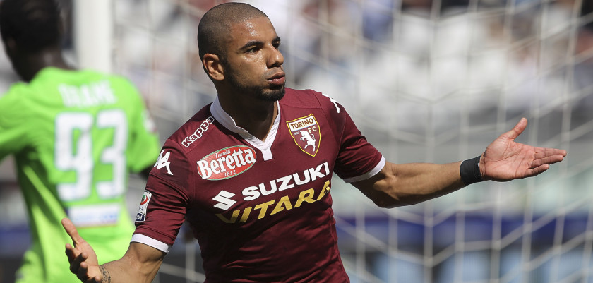 TURIN, ITALY - APRIL 10:  Bruno Peres of Torino FC celebrates after scoring the opening goal during the Serie A match between Torino FC and Atalanta BC at Stadio Olimpico di Torino on April 10, 2016 in Turin, Italy.  (Photo by Marco Luzzani/Getty Images)