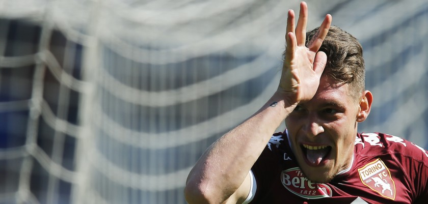 """Torino's Italian forward Andrea Belotti celebrates after scoring a goal during the Italian Serie A football match between Torino and AS Roma at the """"Grande Torino"""" Stadium in Turin on September 25, 2016. / AFP / MARCO BERTORELLO        (Photo credit should read MARCO BERTORELLO/AFP/Getty Images)"""