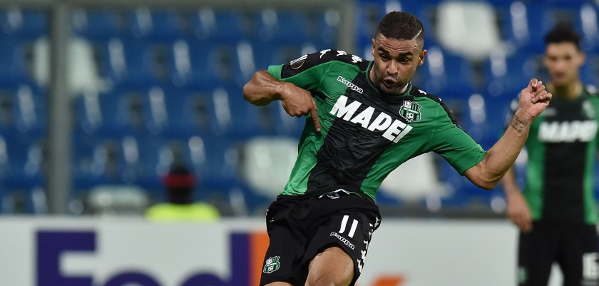 REGGIO NELL'EMILIA, ITALY - SEPTEMBER 15: Gregoire Defrel of US Sassuolo Calcio scores the goal 2-0 during the UEFA Europa League match between US Sassuolo Calcio and Athletic Club at Mapei Stadium - Citta' del Tricolore on September 15, 2016 in Reggio nell'Emilia, Italy.  (Photo by Giuseppe Bellini/Getty Images)