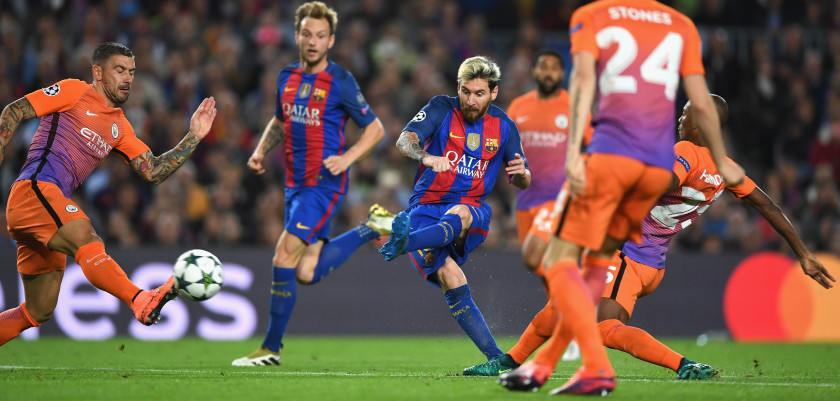 BARCELONA, SPAIN - OCTOBER 19:  Lionel Messi of Barcelona scores his teams second goal of the game during the UEFA Champions League group C match between FC Barcelona and Manchester City FC at Camp Nou on October 19, 2016 in Barcelona, Spain.  (Photo by Shaun Botterill/Getty Images)