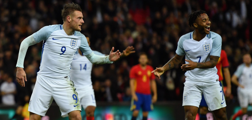 LONDON, ENGLAND - NOVEMBER 15:  Jamie Vardy of England (9) celebrates as he scores their second goal during the international friendly match between England and Spain at Wembley Stadium on November 15, 2016 in London, England.  (Photo by Mike Hewitt/Getty Images)
