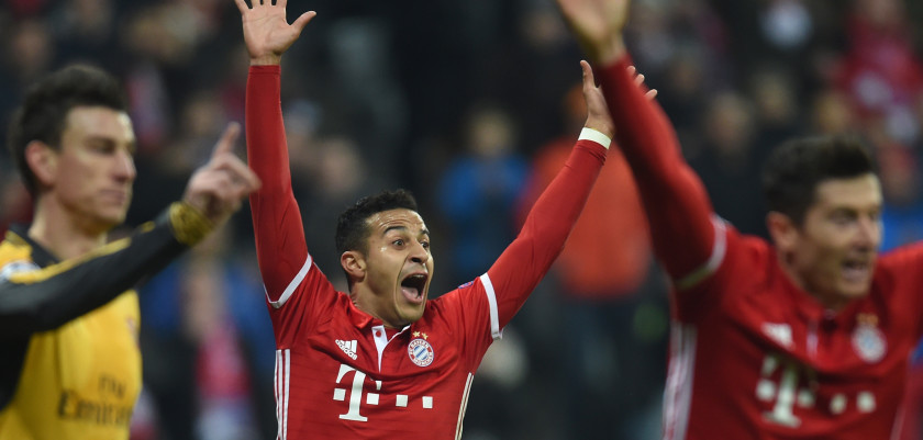 Bayern Munich's Spanish midfielder Thiago Alcantara reacts during the UEFA Champions League round of sixteen football match between FC Bayern Munich and Arsenal in Munich, southern Germany, on February 15, 2017.  / AFP / Christof STACHE        (Photo credit should read CHRISTOF STACHE/AFP/Getty Images)