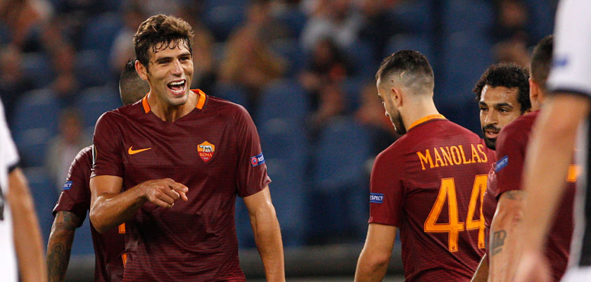 ROME, ITALY - 2016/09/29: Roma's Federico Fazio, left, celebrates after scoring during the Europa League Group E soccer match between Roma and Astra Giurgiu at the Olympic stadium. Roma won 4-0. (Photo by Riccardo De Luca/Pacific Press/LightRocket via Getty Images)