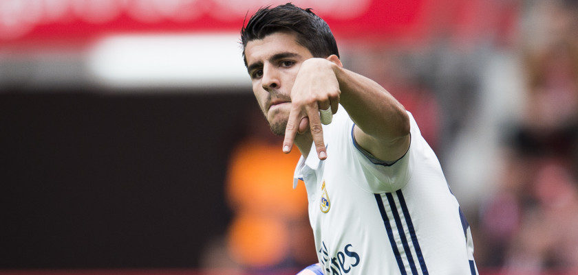 GIJON, SPAIN - APRIL 15:  Alvaro Morata of Real Madrid celebrates after scoring his team's second goal during the La Liga match between Real Sporting de Gijon and Real Madrid at Estadio El Molinon on April 15, 2017 in Gijon, Spain.  (Photo by Juan Manuel Serrano Arce/Getty Images)