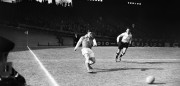 Photo taken in February 1956 shows French footballer Raymond Kopa in action.   AFP PHOTO        (Photo credit should read STRINGER/AFP/Getty Images)