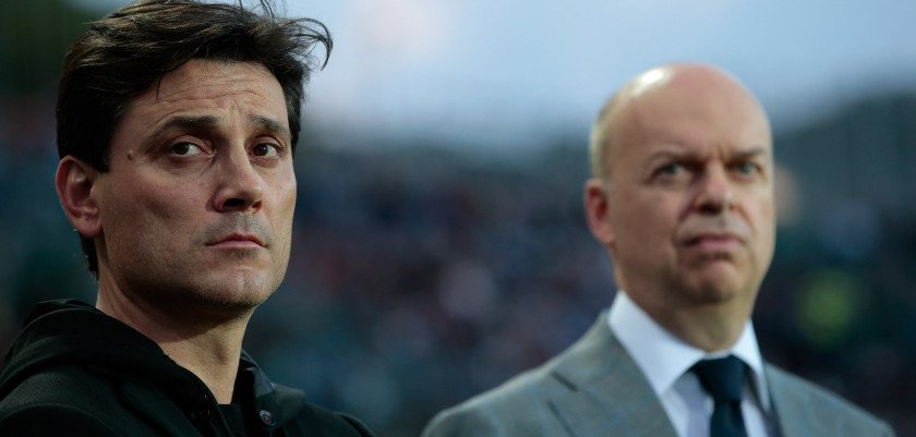 BERGAMO, ITALY - MAY 13:  AC Milan coach Vincenzo Montella (L) and AC Milan CEO Marco Fassone look on before the Serie A match between Atalanta BC and AC Milan at Stadio Atleti Azzurri d'Italia on May 13, 2017 in Bergamo, Italy.  (Photo by Emilio Andreoli/Getty Images)