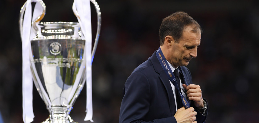 CARDIFF, WALES - JUNE 03:  Massimiliano Allegri, Manager of Juventus walks past the Champions League trophy after the UEFA Champions League Final between Juventus and Real Madrid at National Stadium of Wales on June 3, 2017 in Cardiff, Wales.  (Photo by Matthias Hangst/Getty Images)