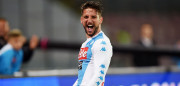 NAPLES, ITALY - MAY 20:  Dries Mertens of SSC Napoli celebrates after scoring goal 3-0 during the Serie A match between SSC Napoli and ACF Fiorentina at Stadio San Paolo on May 20, 2017 in Naples, Italy.  (Photo by Francesco Pecoraro/Getty Images)