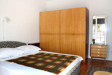 Cameră S-2350-a - Apartamente și camere Novi Vinodolski (Novi Vinodolski) - 2350