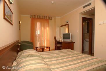 Room S-3057-a - Rooms Tučepi (Makarska) - 3057