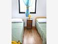 Dormitor 2 - Apartament A-6969-a - Cazare Uvala Virak (Hvar) - 6969