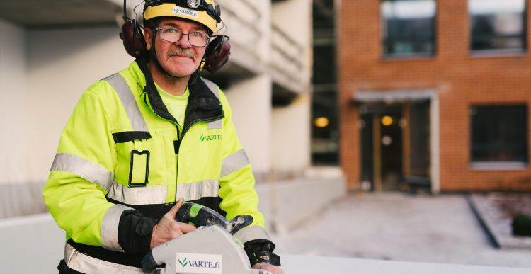 18.1.2017 Vuoden vartelainen Seppo Tuoriniemi kertoo työstään