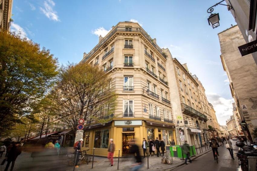 Rue Vieille du Temple 26, Paris - Profile