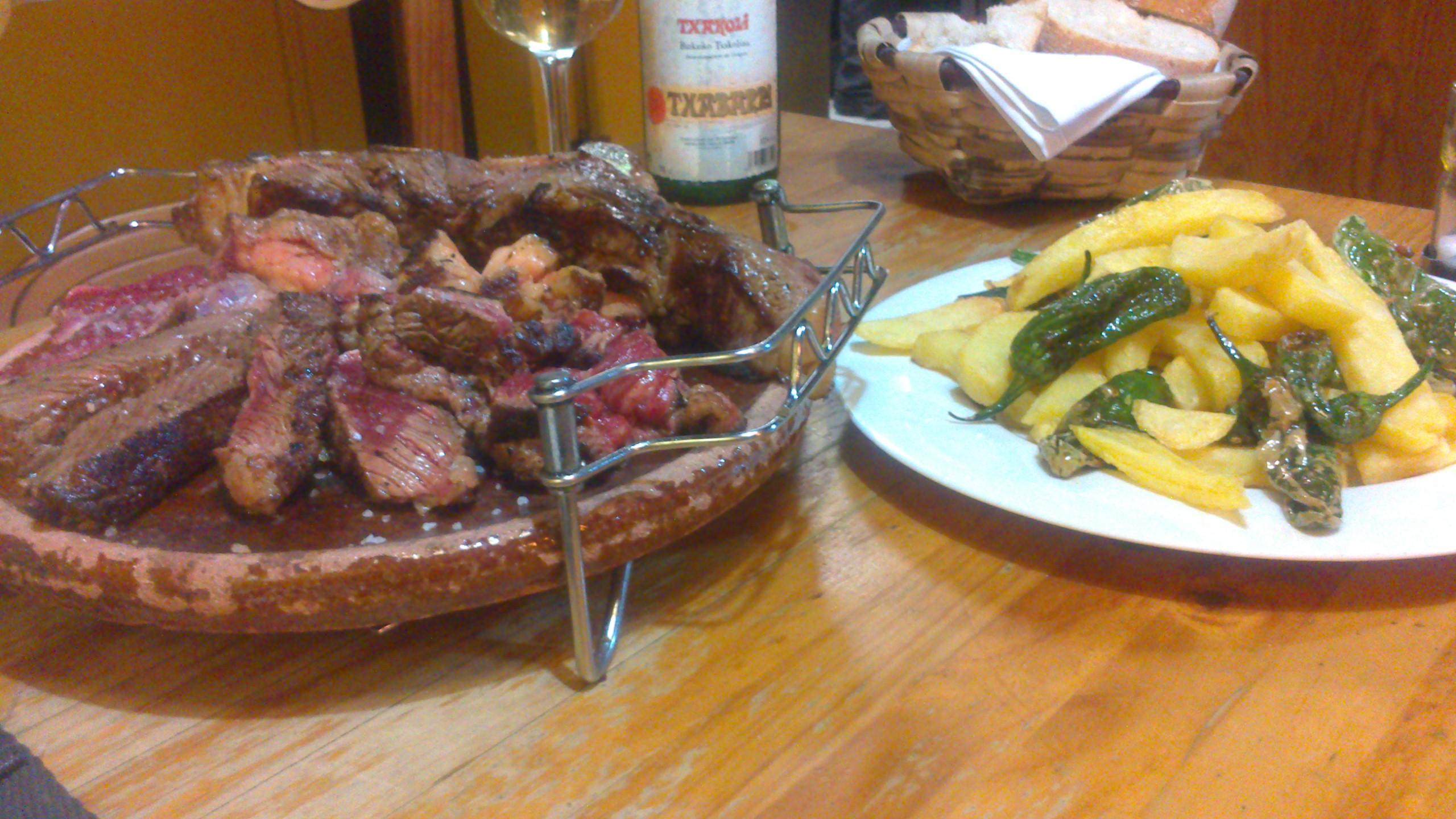 Restaurante abaroa euskal sena sondika - Restaurante izarza sondika ...