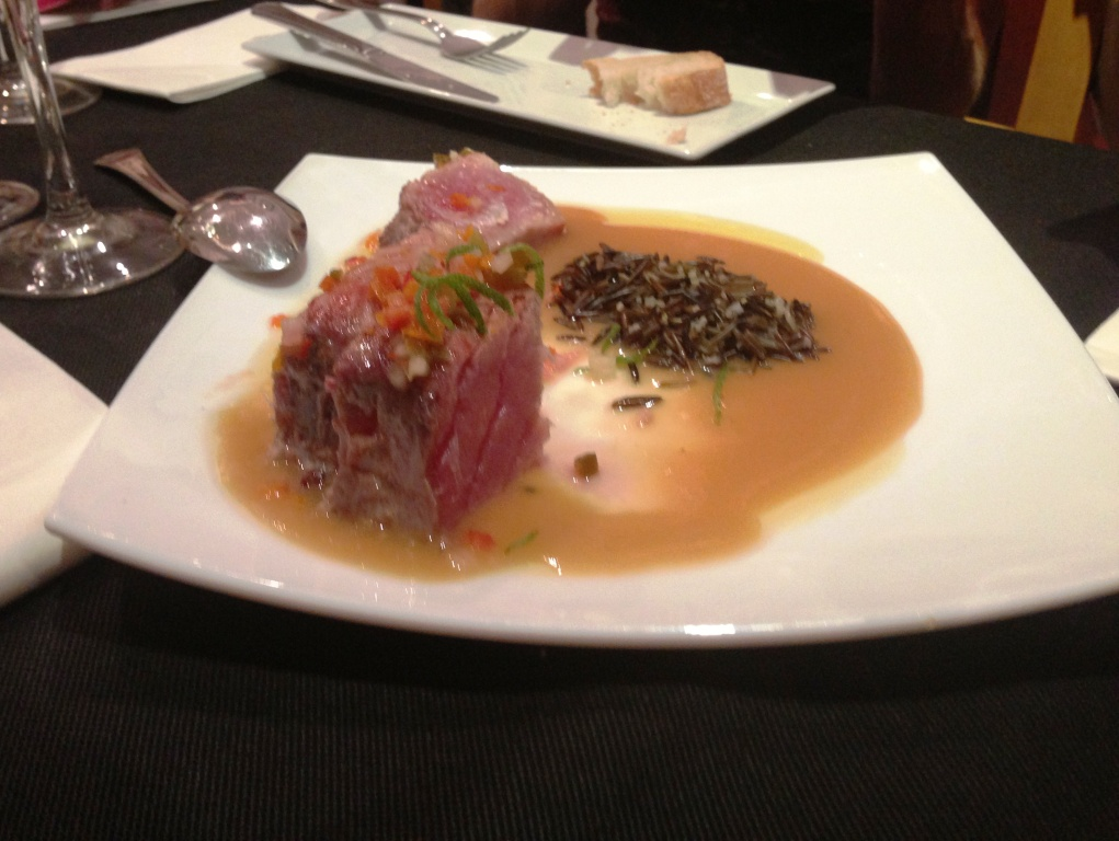 Refugio, Restaurante del Carmen (Valencia) Lomo de atún con salsa de miso blanco, jalapeños y arroz salvaje