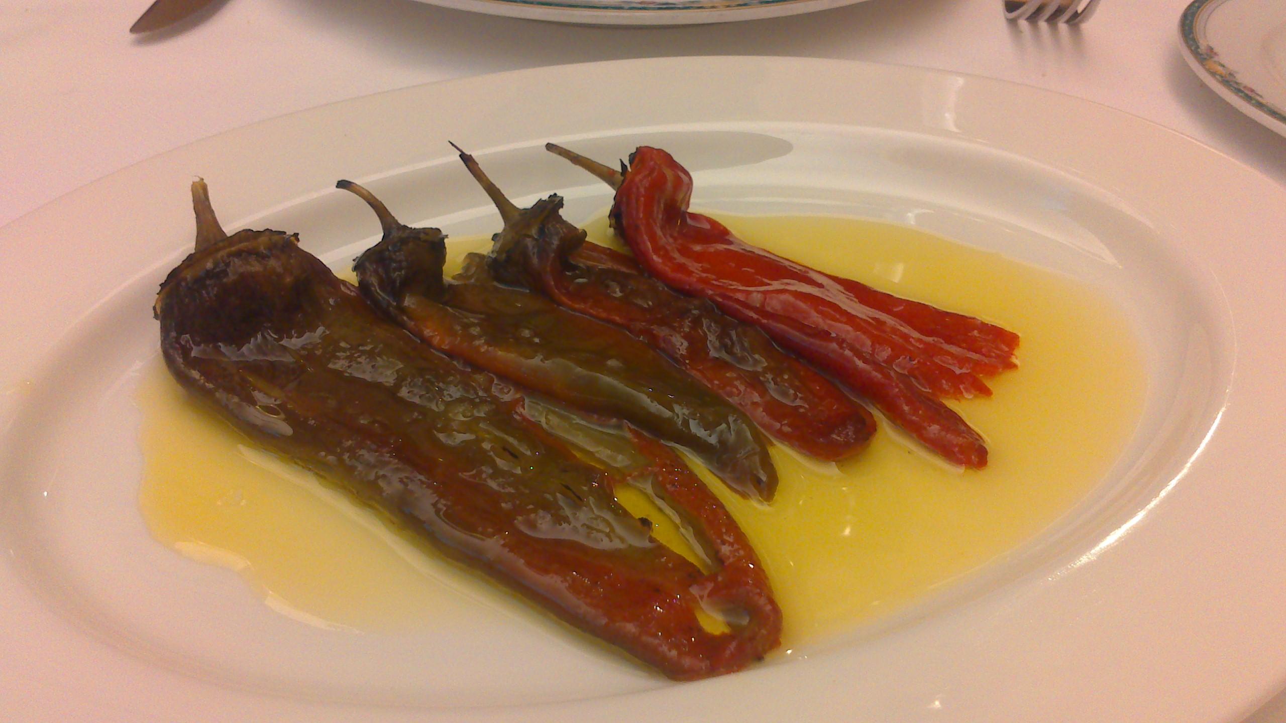 Restaurante Restaurante Trueba (Vizcaya/Bizkaia) Pimientos asados.