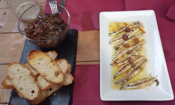 Restaurante Taberna La Sénia (Valencia) Trencadís d'albergínia i aladrocs