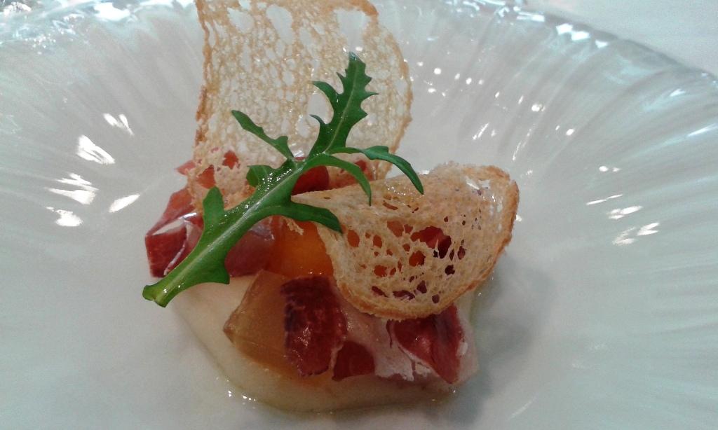 Angle (Barcelona) Yema de huevo curada con ibéricos 2. Restaurant Angle Barcelona