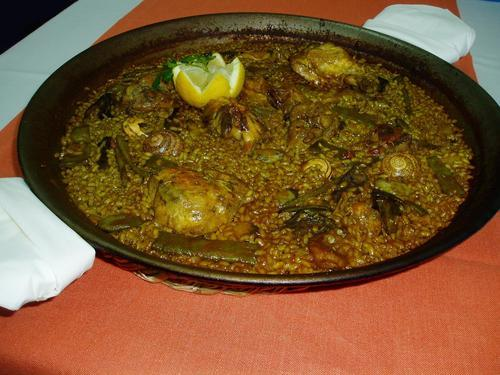 Restaurante Mornell (Valencia) paella de pollo ,conejo y pato