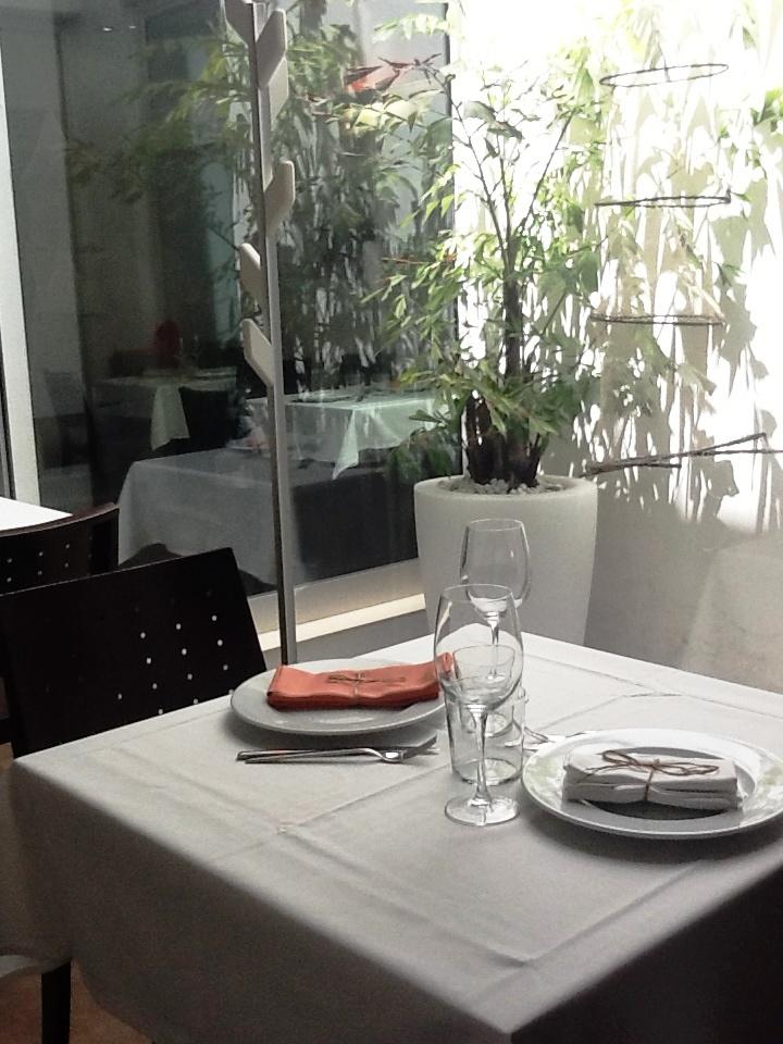 Restaurante Mornell (Valencia) Mesa para dos junto al Mornell