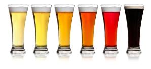 Vasos de los colores de la cerveza