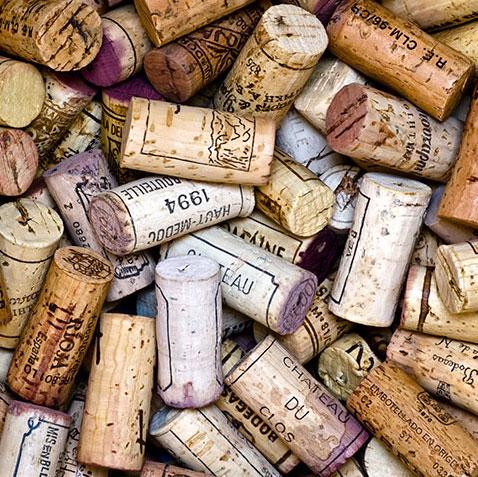 Formas de reciclar los tapones de corcho del vino - Propiedades del corcho ...