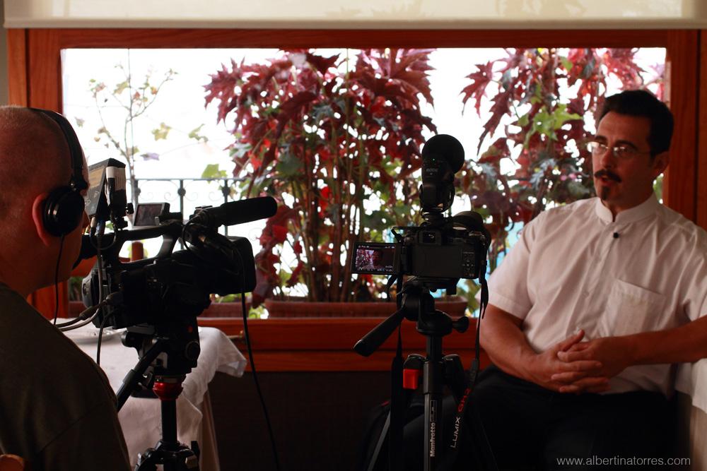 Paco Cano durante su entrevista con Zev Robinson