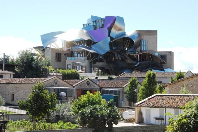 Rioja laguardia y logro o for Hotel bodega logrono