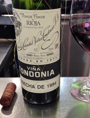 Santa_Bar_Bodegas_Santa_Cecilia_Viña_Tondonia_Gran_Reserva_1994