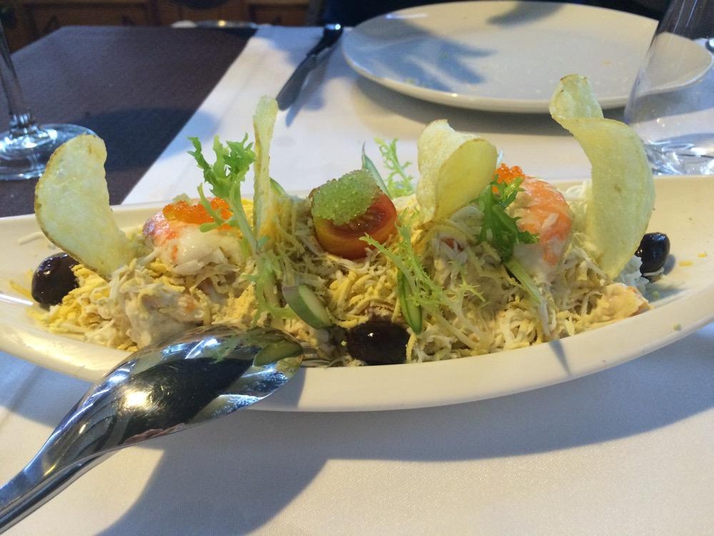 Q'Tomas ? (Valencia) Ensaladilla rusa con salpicón de marisco y mayonesa de wasabi