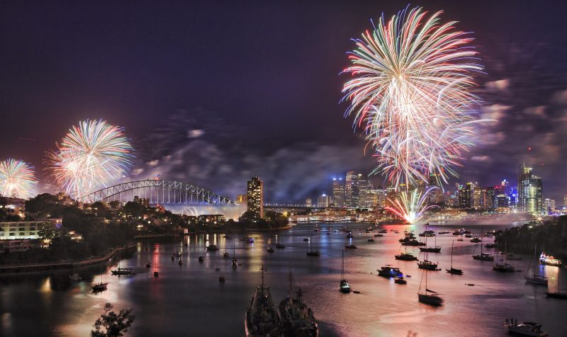 Sydney harbour bridge - new year fireworks