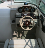 Thumbs_5_yacht_cockpit