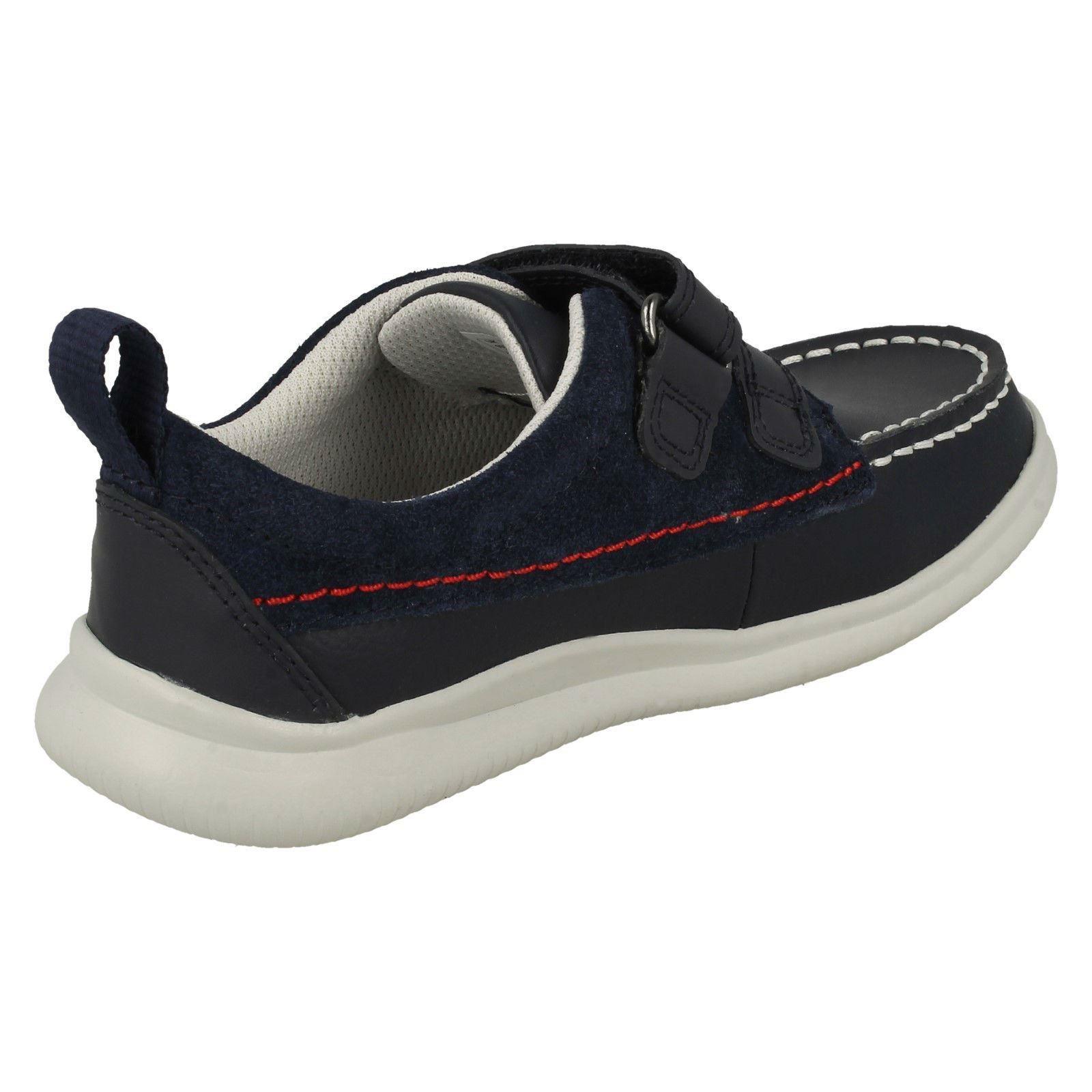 Details about  /Boys Clarks Casual Light Weight Shoes Cloud Art K