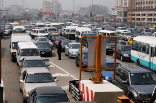 PIC.10.  A HEAVY TRAFFIC CAUSED BY LEKKI-EPE EXPRESS ROAD TOLL GATE IN LAGOS ON   SUNDAY (18/12/11).
