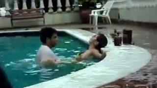 pool-sex