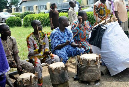 """Pic.9. Gbedu Oba (Royal Drums) being played to entertain guests during a """"Thank You"""" visit of the Olubadan of Ibadanland to the Alake of Egbaland, in Abeokuta on Tuesday (25/10/16). 7972//26/10/2016/Timothy Adeogodiran/JAU/BJO/NAN"""