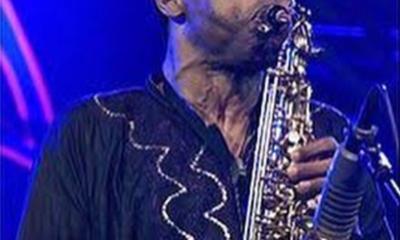 Femi Kuti breaks saxophone record