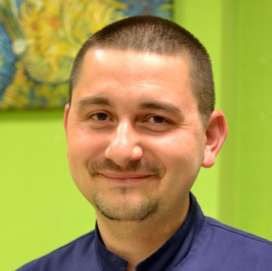 Michał Rawicki, stomatolog Bydgoszcz - 7c5b1fb6e5aafe047224160f82adc0d1_large