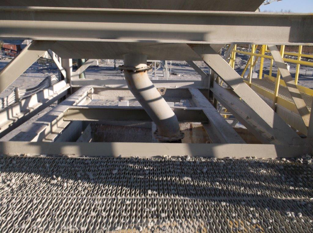 Quarry and sand conveyor