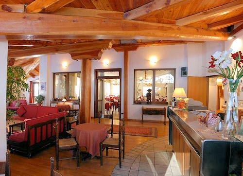 hotel-banchetta-sestriere-borgata-bar-via-lattea-wintersport-italie-ski-snowboard-raquetes-schneeschuhlaufen-wandelen-langlaufen-interlodge.jpg