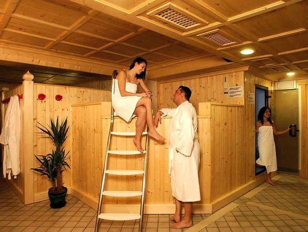 sauna-hotel-portavescovo-arabba-dolomiti-superski-wintersport-italie-ski-snowboard-raquettes-schneeschuhlaufen-langlaufen-wandelen-interlodge.jpg