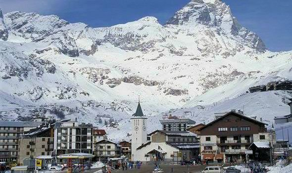 cervinia-breuil-matterhorn-skiparadise-wintersport-italie-interlodge