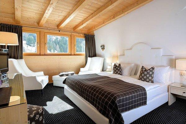 suite-hotel-pralong-selva-wolkenstein-dolomiti-superski-wintersport-italie-interlodge