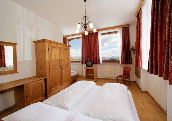 hotel-savoia-kamer-canazei-passo-pordoi-superdolomiti-wintersport-italie-ski-snowboard-langlaufen-interlodge.jpg
