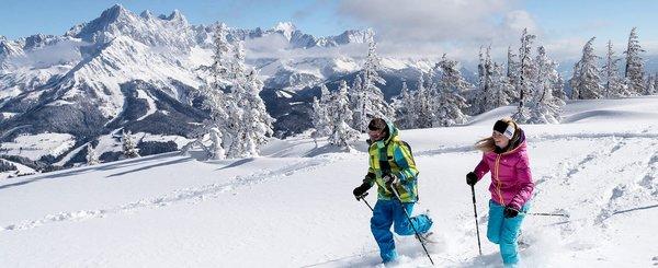 filzmoos-schneeschuhwandern-salzburger-sportwelt-amade-wintersport-oostenrijk-interlodge